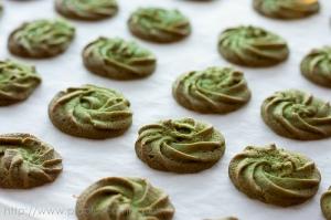 Home Baking: Vegan Matcha Green Tea Cookies and Homemade Applesauce